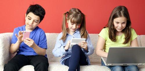 smartphone-criancas-tecnologia-personalidade-marketing-games